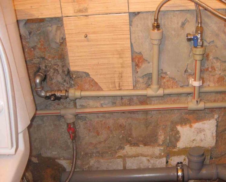 Из чего сделать водопровод в квартире своими руками